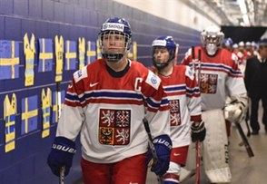 PLYMOUTH, MICHIGAN - April 3: Czech Republic's Alena Polenska #9 leads her team through the tunnel prior to playing Sweden in preliminary round action at the 2017 IIHF Ice Hockey Women's World Championship. (Photo by Minas Panagiotakis/HHOF-IIHF Images)